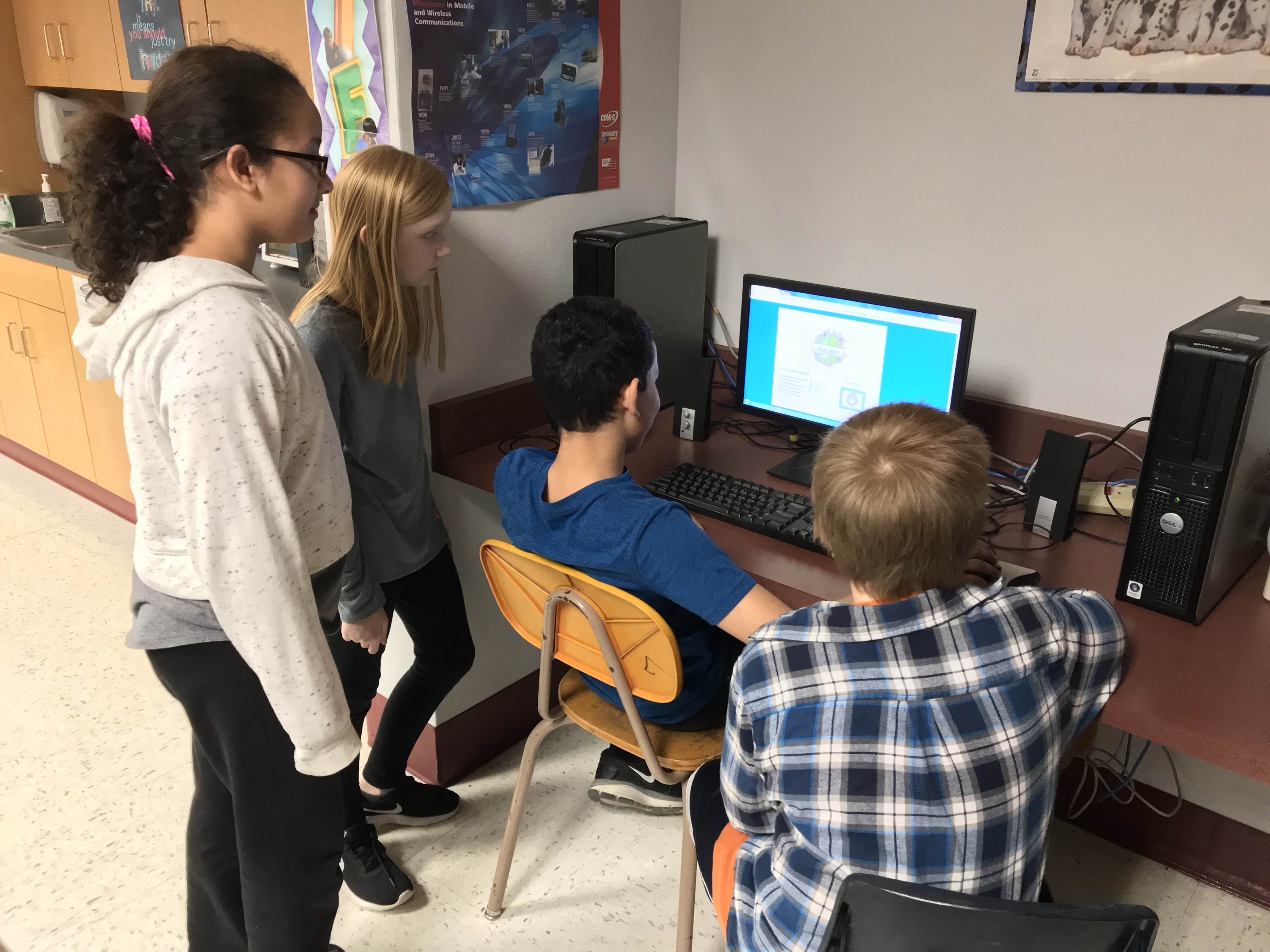 Students fromCommunity Consolidated #204 learn with EverFi program